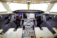 challenger avionics aviation photography