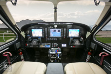 kodiak-004 avionics aviation photography